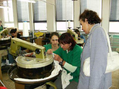 Cursuri calificare gratuite sau cu plata Confectioner asamblor articole din textile (41)