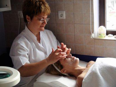 Cursuri calificare gratuite sau cu plata Cosmetician (17)
