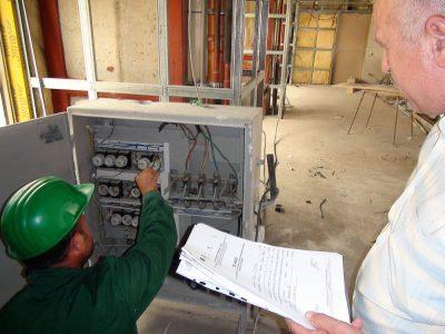 Cursuri calificare gratuite sau cu plata Electrician exploatare medie si joasa tensiune (32)