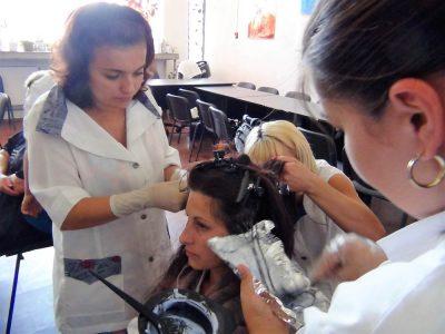 Cursuri calificare gratuite sau cu plata Frizer, coafor manichiurist (2)