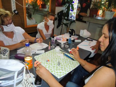 Cursuri calificare gratuite sau cu plata Manichiurist pedichiurist (19)