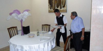 Cursuri calificare gratuite sau cu plata Ospatar (chelner) vanzator in unitati de alimentatie (15)