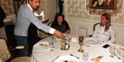 Cursuri calificare gratuite sau cu plata Ospatar (chelner) vanzator in unitati de alimentatie (21)