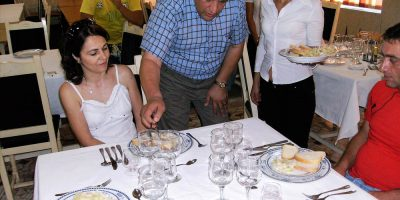 Cursuri calificare gratuite sau cu plata Ospatar (chelner) vanzator in unitati de alimentatie (26)