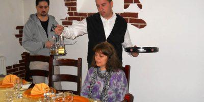 Cursuri calificare gratuite sau cu plata Ospatar (chelner) vanzator in unitati de alimentatie (32)
