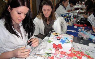Cursuri calificare gratuite sau cu plata Stilist protezist de unghii (33)