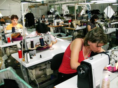 Cursuri calificare gratuite sau cu plata Confectioner asamblor articole din textile (35)