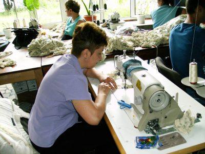 Cursuri calificare gratuite sau cu plata Confectioner asamblor articole din textile (45)
