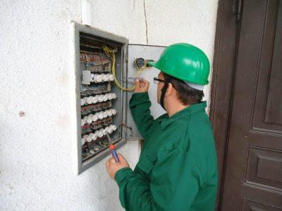 Cursuri calificare gratuite sau cu plata Electrician exploatare medie si joasa tensiune (30)