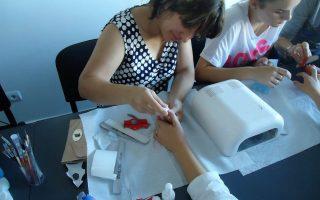 Cursuri calificare gratuite sau cu plata Stilist protezist de unghii (29)